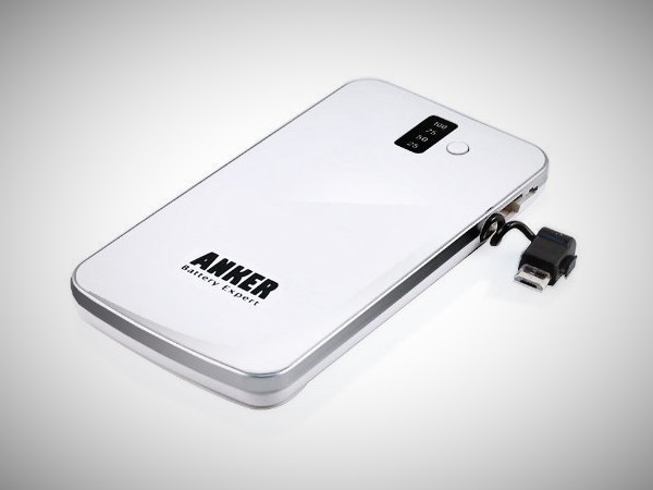 http://www.trendinggear.com/wp-content/uploads/2012/09/anker-external-cell-phone-battery-backup-charger.jpg